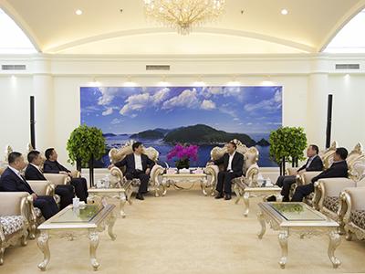 肖盛峰会见中国中铁股份有限公司副总裁刘成